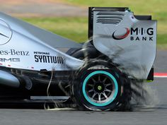 Lewis Hamilton limps back to the pits - 2013 British GP