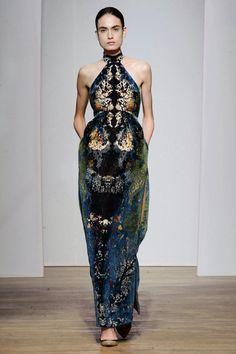 Yiqing Yin Fall 2013 Couture