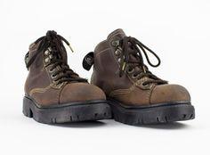 90 s bottes vintages Chaussures en cuir marron par MainAndGrand
