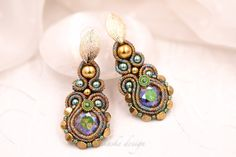 Soutache brown and green metallic crystal earrings gold post Lace Earrings, Small Earrings, Crystal Earrings, Soutache Bracelet, Soutache Jewelry, Handmade Necklaces, Handmade Jewelry, Beautiful Gifts For Her, Swarovski
