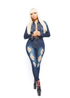 Nicki Minaj Collection high waisted jeans Channeling all the barbs out there! These are brand-new Nicki Minaj high-waist jeans. They give you an amazing hourglass figure, sucks you in and all the right places. New Nicki Minaj, Nicki Minja, Nicki Minaj Outfits, Nicki Minaj Barbie, Nicki Minaj Pictures, Nicki Baby, Nicki Minaj Hairstyles, Trinidad Y Tobago, Fall Outfits