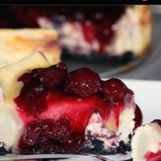 White chocolate amaretto berry cheesecake