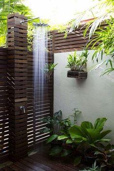 Bathroom shower Spa amazing exterior view sea summer bath design garden Salle de bain extérieure vue mer baignoire douche jardin