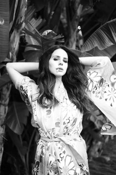 Lana Del Rey for Libération Next magazine 2014 Trip Hop, Lana Del Rey Ultraviolence, Ldr, Dream Pop, Indie Pop, Lana Del Rey Smoking, Next Magazine, Lana Del Ray, Blue Hydrangea