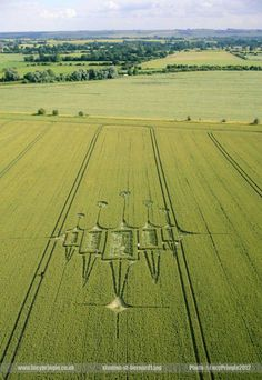 Pringle Crop Circle pictures  stanton-st-bernard1.jpg