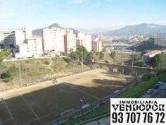 Vista desde el lado Nord Este de Can Cuiàs o Santa Elvira de Montcada i Reixac de Barcelona