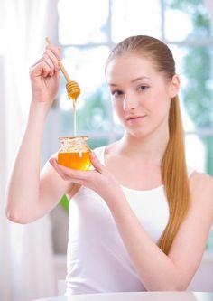 Se ha demostrado que la miel es un ingrediente natural capaz de curar diversos malestares.   Ingresa en la siguiente liga y conoce 3 usos médicos de este delicioso néctar. http://biobaby-bioblog.blogspot.com.ar/2013/10/miel-la-cura-magica-de-la-naturaleza.html