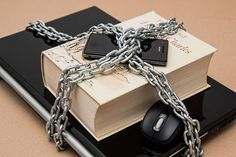 Uruguay: Escribanos se quejan de la ley antilavado :: Estudio Vila