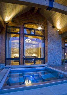 Great outdoor jacuzzi and great room concept.