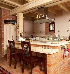 Przytulna kuchnia rustykalna. Cegła i drewno