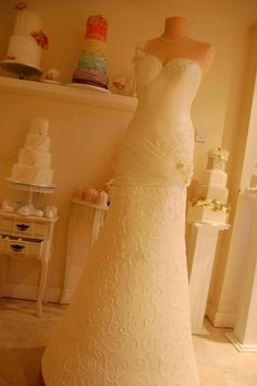 Wedding Gown Cake, Crazy, but I LOVE IT!