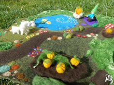 On order  Playmat felted wool waldorf kids gnome von tetedelinoth