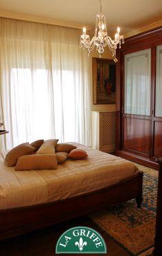 Camera con letto alla Francese Su misura #classic #interiordesign ...