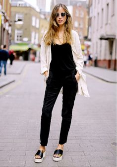 street style; casual 13 Bloggers With The Best Minimal Style via @Who What Wear #streetstyle #style #fashion street style