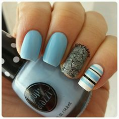 today's mani is from @uberchicbeauty  plate 2-02 stamped with @dripdroppolish  Yoga Pants and HKgirl @glistenandglow1 my favorite topcoat.