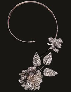 Question Mark necklace by Boucheron, 1890.