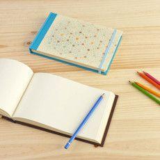 Custom cover A5 sketchbook size  /  Cuaderno de bocetos A5 con portada personalizada