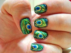 Nailed It NZ: Nail art for short nails tutorial Peacock nails Nail Art Designs, Elegant Nail Designs, Elegant Nails, Beautiful Nail Designs, Beautiful Nail Art, Henna Motive, Peacock Nail Art, Peacock Colors, Peacock Pattern