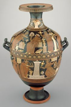 .Red-Figure Hydria |  the White Sakkos Painter (Italy, Europe), c. 320 B.C.