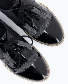 timeless design 52455 8d6c8 Derby bi-matières vernie -  derby  chaussures  bimatiere  vernie  frange