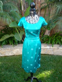 1950s Chinese green silk dress, polynesian casuals, McLnerny Honolulu. XXL.