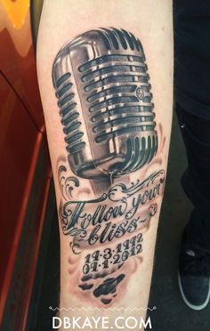 Old vintage microphone tattoo RIP piece David Benjamin Kaye Mic Tattoo, Elvis Tattoo, Guitar Tattoo, Old Microphone, Vintage Microphone, Car Tattoos, Forearm Tattoos, Micro Vintage, Tatouage Rock And Roll