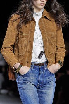 Celine Spring 2020 Ready-to-Wear Fashion Show - Vogue College Fashion, Fashion 2020, Fashion Show, Fashion Outfits, Pantalon Bleu Marine, Pijamas Women, Look Jean, Celebrity Outfits, Celebrity Style
