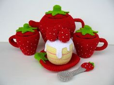 crochet strawberry tea set Oh wow . Crochet Toys Patterns, Stuffed Toys Patterns, Crochet Dolls, Crochet Strawberry, Strawberry Tea, Strawberry Kitchen, Strawberry Shortcake, Crochet Food, Crochet For Kids