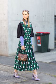 Summer fashion inspiration: see the best street style and outfit ideas straight from Australian Fashion Week. From printed dresses to off the shoulder tops, here are the trends to start wearing now.