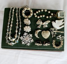 20% Off Sale on all jewelry lots/destashs! Plus lots of other items on sale. Great craft lots.  Sparkling rhinestone vintage jewelry