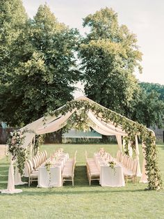 This Is the Perfect Blueprint for an Elegant Fine Art Wedding! Outdoor Wedding Reception, Outdoor Wedding Decorations, Marquee Wedding, Tent Wedding, Wedding Dinner, Wedding Stage, Wedding Venues, Dream Wedding, Outdoor Weddings