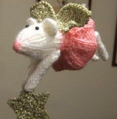 Knit Mouse Angel Ornament -Ravelry/pattern/library.com