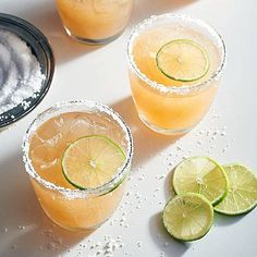 Here's how to mix up a batch of classic cocktail recipes, from an easy Old Fashioned cocktail recipe to a Manhattan cocktail recipe to a basic margarita recipe and more. Festive Cocktails, Refreshing Cocktails, Classic Cocktails, Summer Drinks, Fun Drinks, Popular Cocktails, Tequila Drinks, Vodka Cocktails, Drinks Alcohol