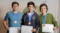 Tres chicos argentinos subieron al podio de las matemáticas – AB Magazine