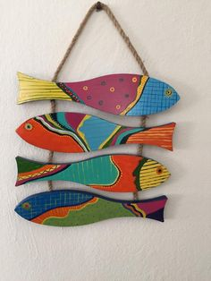Woodworking That Sell Spaces .Woodworking That Sell Spaces Beach Crafts, Diy Home Crafts, Clay Crafts, Kids Crafts, Arts And Crafts, Clay Wall Art, Clay Art, Scrap Wood Art, Wooden Fish