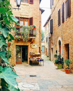 A beautiful grocery shop in Italy . . . #pienza #facade #fruit #vegetables #vegan #discoverytuscany #ig_tuscany #tuscanybuzz #vivotoscana #tuscanygram #igerstoscana #volgoitalia #travel_drops #kings_shots #ig_italia #tasteintravel #yallersitalia #browsingitaly #monumental_world #huntgramitaly #city_explore #top_italia_photo #urban_explorer #loves_madeinitaly #citylimitless #whatitalyis #love #architecture #nature #city