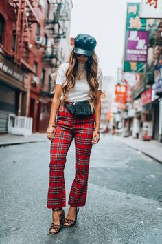 New York Fashion Week Trends: Plaid | The Girl In The Yellow Dress | NYFW | On Trend | Plaid | Fall Looks | Travel Style | Fanny Pack | White Blouse | Black Hat and Sunnies | Blogger | Fashion Blogger | Looks #thegirlintheyellowdress #nyfw #fashion #style #fall