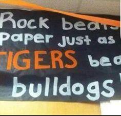 Football Fever, Football Stuff, Football Banner, School Signs, Tigers, Banners, Cheer, High School, Logos