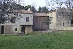 LSL Architects' refurbished 18th century farmhouse Les Baux de Provence. Katrin Vierkant photo.