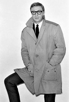Michael Caine, workin' the trench