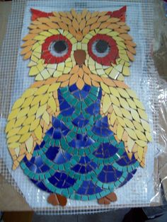 mm Owl Mosaic, Mosaic Garden Art, Paper Mosaic, Mosaic Birds, Mosaic Pots, Mosaic Glass, Mosaic Art Projects, Mosaic Crafts, Mosaic Designs