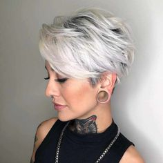 Latest Trend Pixie and Bob Short Hairstyles 2019 - Flattering Short Hairstyles T. - - Latest Trend Pixie and Bob Short Hairstyles 2019 - Flattering Short Hairstyles That Fit You Perfectly Short hairstyles are also trendy this year. Short Pixie Haircuts, Cute Hairstyles For Short Hair, Curly Hair Styles, Bob Haircuts, Haircut Short, Short Womens Hairstyles, Girl Haircuts, Beautiful Hairstyles, Shaggy Pixie Cuts