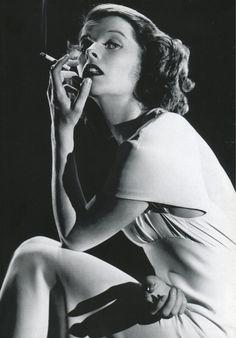 indypendent-thinking:  Katharine Hepburn, 1935