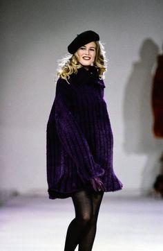 Azzedine Alaïa Fall 1991 Ready-to-Wear Fashion Show - Claudia Schiffer