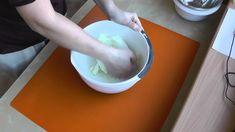 Jak vyrobit marcipán (neboli mléčnou hmotu)?