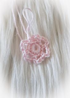 JB Crochet Design & Creations: Haakpatroon Muziekster Groot Baby Jokes, Crochet Designs, Groot, Cushions, Earrings, Handmade, Jewelry, Stars, Crocheting