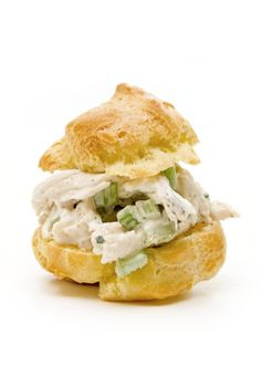 ♥Chicken Salad Cream Puffs RECIPE♥~♥ freeze shells for 2 months (good for showers or teas) Entree Recipes, Brunch Recipes, Appetizer Recipes, Brunch Food, Brunch Ideas, Salad Recipes, Cooking Recipes, Puff Pastry Chicken, Chicken Puffs