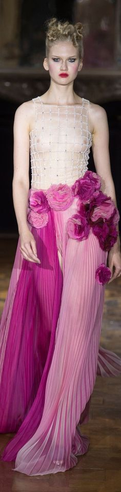 Ulyana Sergeenko Fall 2015 couture Do not like the new see everything look! Do like the skirt of this dress