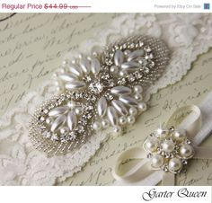 SALE Bridal garter set Light Ivory stretch lace by GarterQueen, $40.49, #sparklingeverafter!