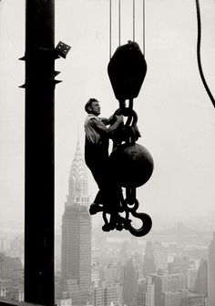 Construction of Empire State Building. By Lewis w. Hine, 1931